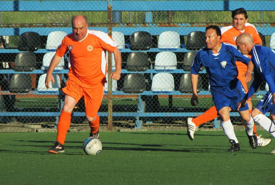 Rodibarras y Combustible golearon en una tarde iluminada de buen fútbol