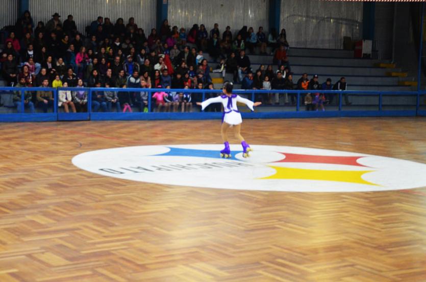 Patinadoras se lucieron en Campeonato de Confraternidad Deportiva