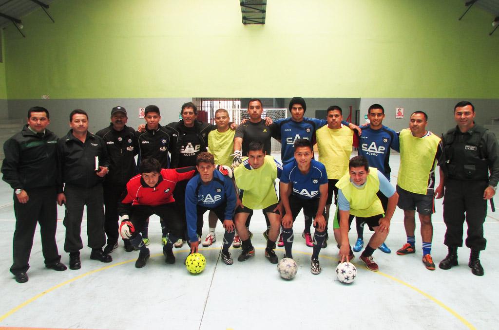 Primer equipo de Huachipato derrotó 5 - 1 a Gendarmería