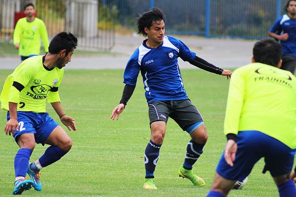 Huachipato alista su debut ante Ñublense goleando a Iberia