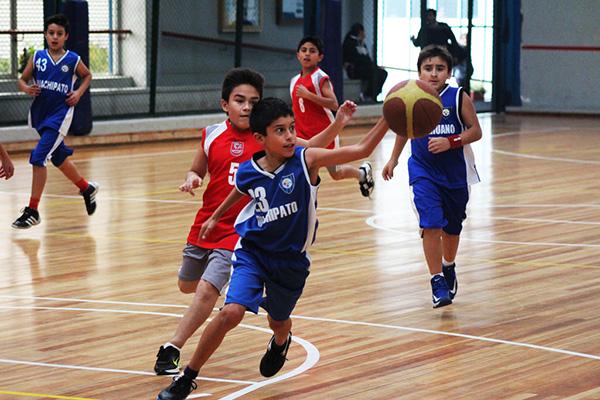 Baloncesto acerero suma y sigue con una serie de partidos amistosos