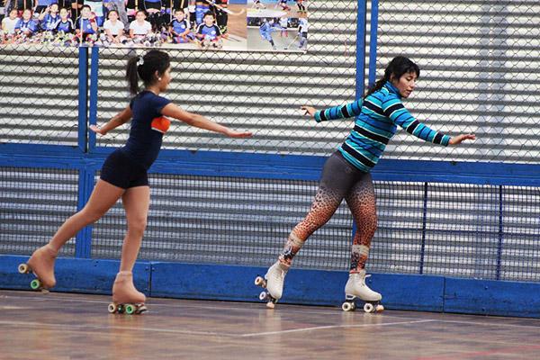 95 patinadoras participaron de Clínica que dictó Francisca Cabrera, Campeona Sudamericana,