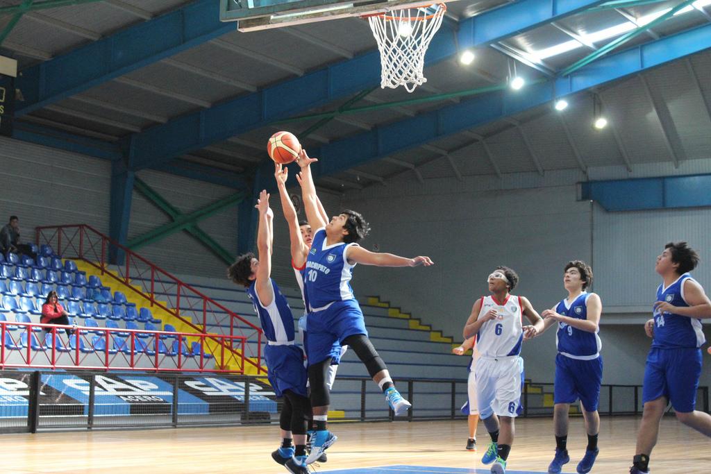 Jornada agridulce para el baloncesto acerero