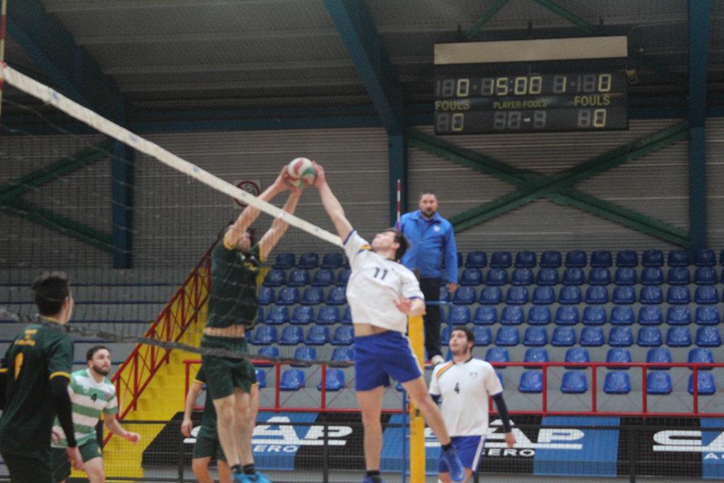 Voleibol varones se instaló en la final de la Liga Sur