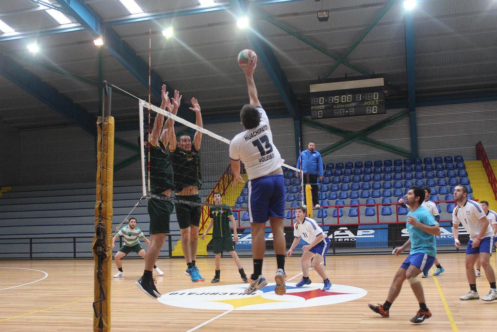 Voleibol masculino se trasladó hasta victoria
