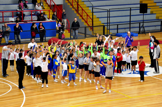 Encuentro de Gimnasia Artstica reuni a 150 nios 