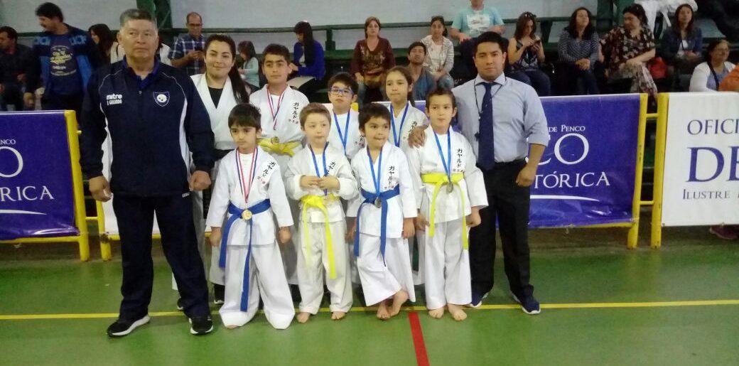 Karatecas siderúrgicos lograron buenos resultados en Penco