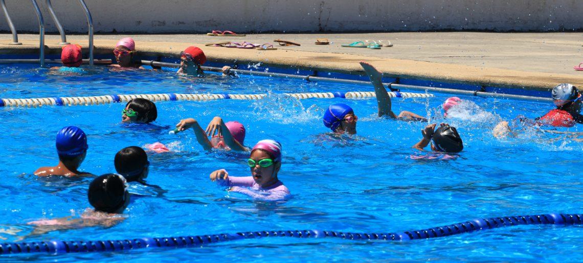Cerca de 300 menores disfrutaron de los cursos de natación en el C.D.Huachipato