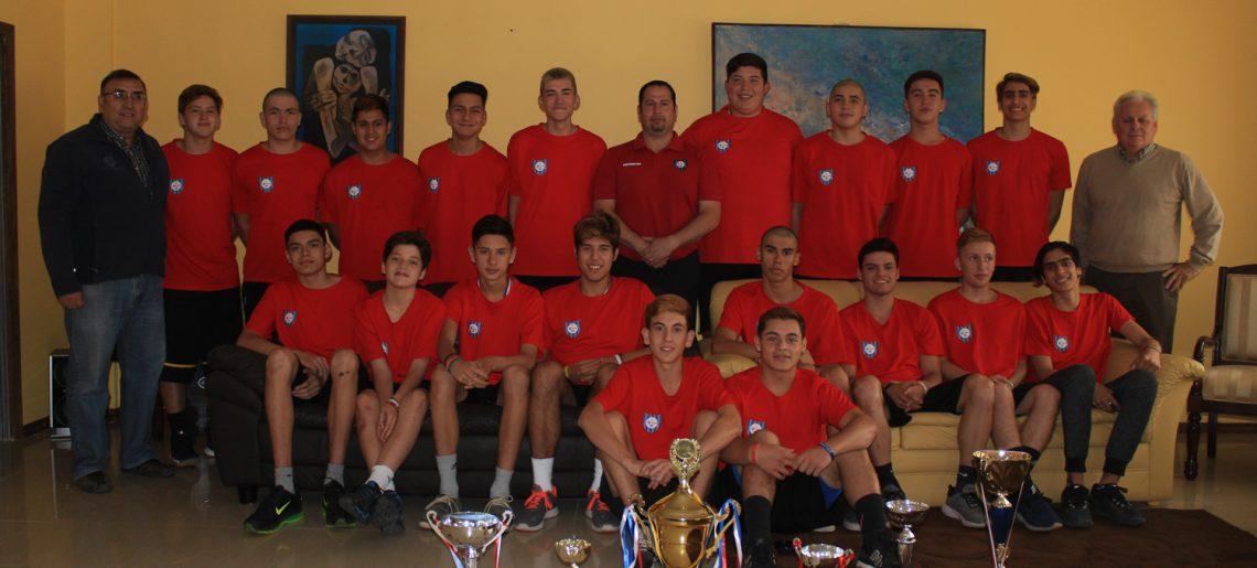 Administración y Directorio Ejecutivo del C.D.Huachipato realizó un reconocimiento al basquetbol acerero