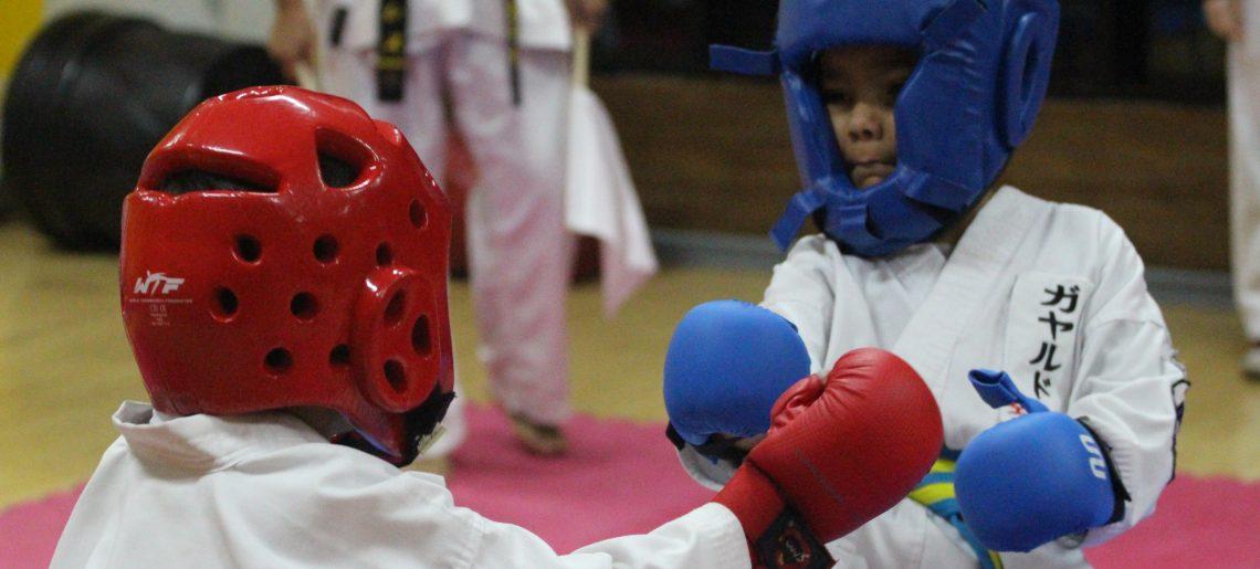 Karatecas se lucieron en torneo interno