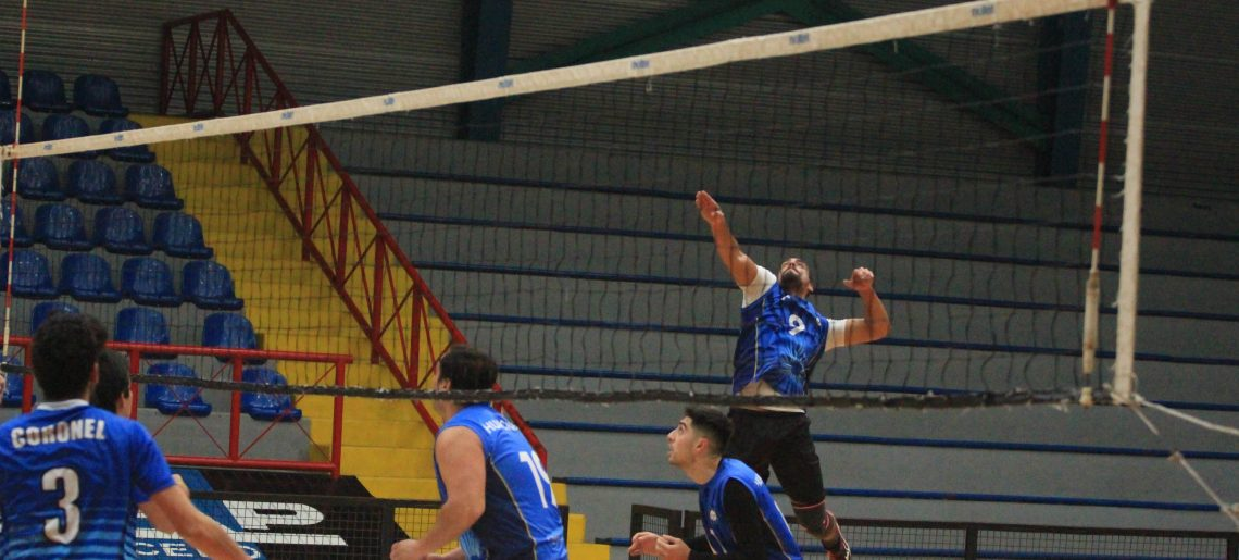 Voleibol varones sumó triunfos en Liga Sur