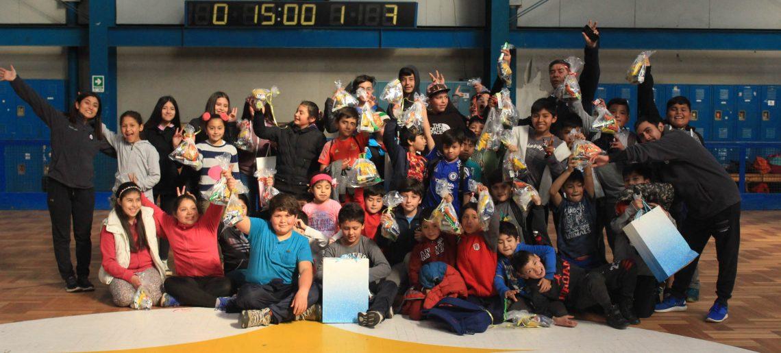 Compañía Siderúrgica  Huachipato entrega alegría y sonrisas a niños de Talcahuano