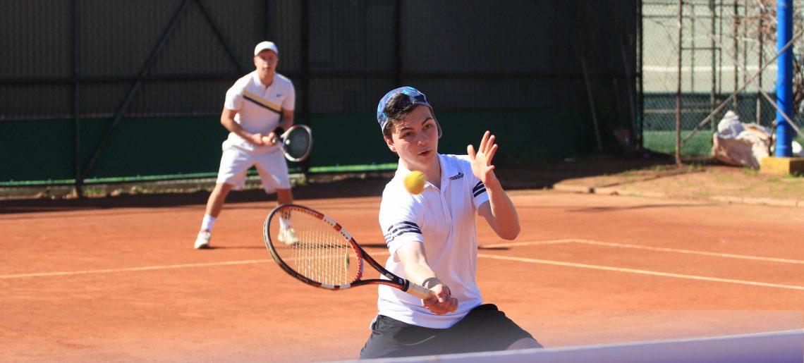 C.D. Huachipato albergó una nueva fecha del circuito regional de Tenis por Equipos