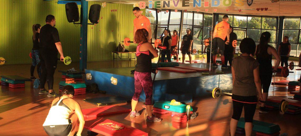 Body Pump: entrenamiento físico muscular mediante ejercicios con una barra con pesos