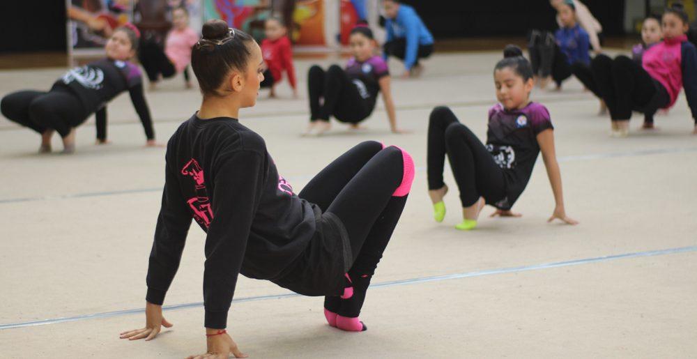 Sara Llana entregó capacitación y perfeccionamiento a deportistas de la zona