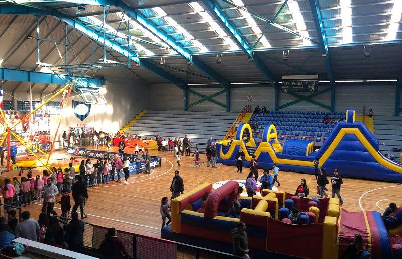 En el Día del Niño, el Club Deportivo Huachipato festejó a sus niños y niñas e invitados