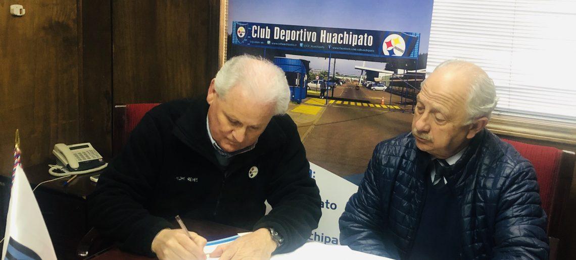 """CONVENIO DE COORPERACION EN EL AREA DEL DEPORTE  Liceo A-21 de Talcahuano """"Almirante Pedro Espina Ritche"""" y Club Deportivo Huachipato"""