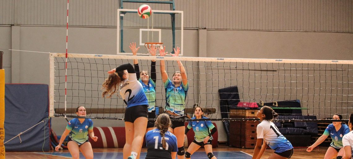 Voleibol Femenino acerero se instala entre los cuatro mejores de Liga Sur
